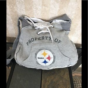 Pro-FAN-ity by Littleearth Steelers shoulder bag.